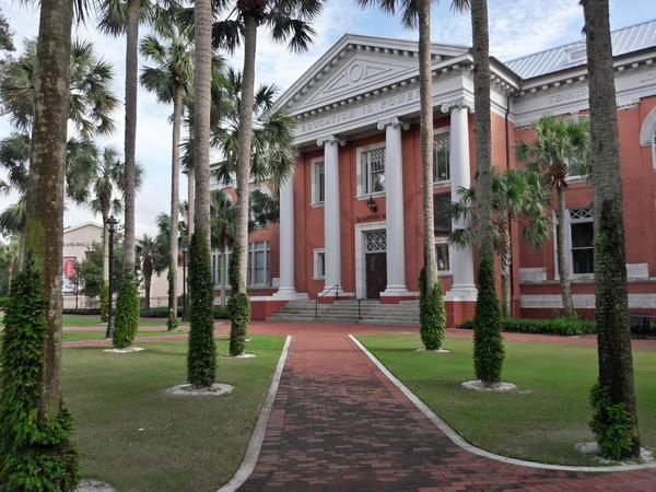 Walking tour app curates Florida's historical sites